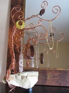 Copper Wire Jewelry Tree... could be used for pictures too.