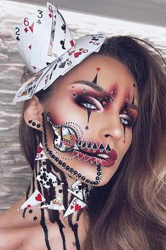 51 Tötende Halloween-Make-up-Ideen, um alle Komplimente und Leckereien zu samme. 51 killing halloween makeup ideas to collect all the compliments and treats Beautiful Halloween Makeup, Creepy Halloween Makeup, Creepy Makeup, Halloween Makeup Looks, Eye Makeup, Halloween Halloween, Unicorn Halloween, Joker Makeup, Mask Makeup
