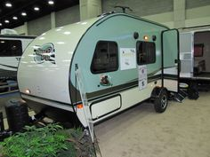 Small Trailer With Bathroom   Small Covered Trailer Check More At  Http://besthostingg