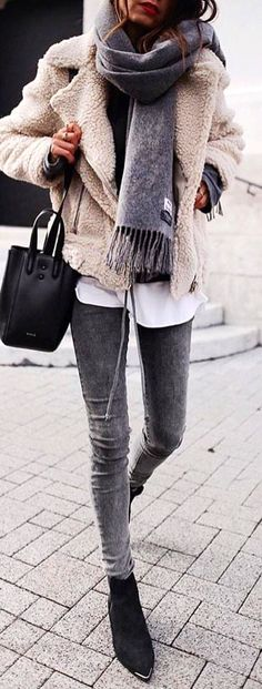 #winter #outfits @andicsinger Via @best__outfits__