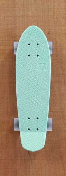 "Globe 24"" Bantam Mint / Clear Grey Skateboard Complete"