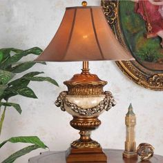 Winzor Collection Beautiful Antique Resin Stand Lamp