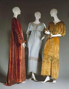 Evening dress Mariano Fortuny (Spanish, Granada 1871–1949 Venice) Design House: Fortuny (Italian, founded 1906)