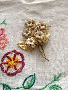 vintage articulated flower brooch