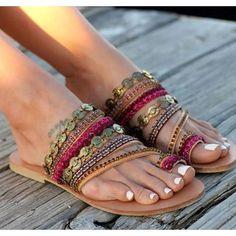 d7d54cd50 Hand Made Bohemian Beads Weave Women Slipper Thong Beach Sandals
