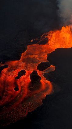 Hawaii volcano eruption: The Big Island one year later A year after Hawaii's largest and most destructive volcano eruption in decades, thousands of residents are struggling to recover. Volcan Eruption, Volcano Photos, Hawaii Volcano, Lava Flow, Orange Aesthetic, Greek Gods, Big Island, Natural Disasters, Nature Photography