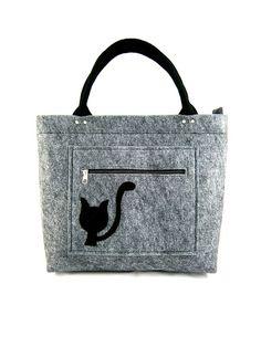 Black cat on pocket w Torebeczkowo na DaWanda.com