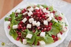 Red Quinoa Salad with Pomegranate Vinaigrette - Ruccola Salat Rezepte Red Quinoa Salad, Quinoa Mix, Kale Salad, Cooked Quinoa, Sprouts Salad, Giada De Laurentiis, Giada Recipes, Salad Recipes, Arugula Recipes