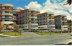 Hospital Universitario de Caracas. Parte de la Ciudad Universitaria.