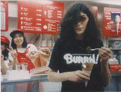 Joey Ramone in Japan, 1980