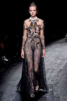Valentino, Spring Summer 2016 catwalk,Paris