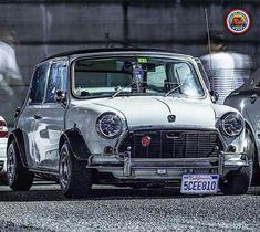 Mini Cooper S, Mini Cooper Classic, Classic Mini, Classic Cars, Lamborghini, Ferrari, Bmw, Dream Cars, Jaguar
