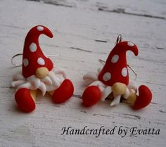 Most up-to-date Snap Shots Clay Crafts ideas Suggestions Elf Earrings by EviJewelry on Etsy Polymer Clay Ornaments, Polymer Clay Projects, Polymer Clay Creations, Fimo Clay, Christmas Projects, Holiday Crafts, Polymer Clay Christmas, Clay Fairies, Christmas Decorations