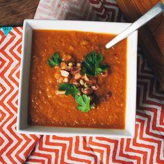 Pumpkin Peanut Soup http://www.prevention.com/food/healthy-recipes-with-pumpkin-puree/slide/6