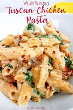 creamy and healthy Tuscan Chicken Pasta will satisfy your craving without the calories! It's an easy healthy chicken recipe that your family will love, and you can cook it in your Instant Pot, slow cooker, or on the stove. 21 Day Fix Tuscan Chicken Pasta Weight Watchers Pasta, Plats Weight Watchers, Weight Watcher Dinners, Weight Watchers Chicken Spaghetti Recipe, Instant Pot Dinner Recipes, Healthy Dinner Recipes, Vegetarian Recipes, Healthy Dishes, Easy Family Dinner Recipes