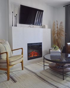 "What's better than a fireplace on a cold, winter morning? Before we know it ""fireplace season"" will be over! But that doesn't mean you can't continue to enjoy our Dimplex Fireboxes! With adjustable and optional heat settings, you can turn off the heat and enjoy the ambiance all year round. Thanks @brimoysa for sharing her beautiful fireplace pic! 🔥🔥  📷 by @brimoysa on Instagram"