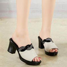 12ff7af4ad 9.66 39% de DESCUENTO|2018 nuevos zapatos de moda para mujer Sandalias de tacón  grueso con tiras cruzadas Sandalias de tacón alto en Zapatillas de Zapatos  ...
