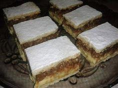 almas-kremes Hungarian Cake, Hungarian Recipes, Hungarian Food, Cornbread, Tiramisu, Ale, Yummy Food, Ethnic Recipes, Cukor