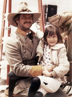 Juliette Lewis with her father, Actor Geoffrey Lewis