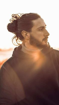 Man Bun and Beard Look 2020 Man Bun Hairstyles, Cool Hairstyles For Men, Beard Look, Mens Style Guide, Face Shapes, Bearded Men, Hair Type, Hair Trends, Style Guides