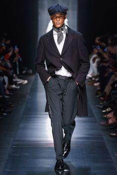 Ermanno Scervino Fall 2019 Ready-to-Wear Fashion Show - Vogue Men Fashion Show, Trendy Fashion, Mens Fashion, Catwalk Fashion, Trendy Style, Fashion 101, Vogue Paris, Style Masculin, Ermanno Scervino