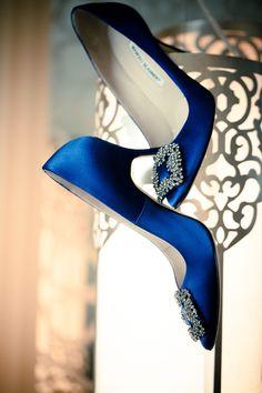 Fabelhafte Hochzeitsschuhe in Blau! Manolo Blahniks Brautschuhe von Carrie Bradshaw. // Fabulous wedding shoes in blue! Carrie Bradshaw´s wedding shoes by Manolo Blahnik.