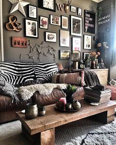 Joyful vitalized bohemian home decor Buy Now Bohemian Furniture, Bohemian Decor, Interior Exterior, Interior Design, Living Room Decor, Bedroom Decor, Estilo Boho, Dream Decor, Decoration