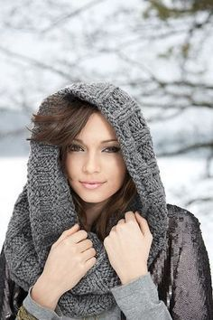 Free Pattern: Lara's Cowl by Coats & Clark... now, this look COZY!