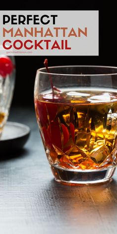 Perfect Manhattan Cocktail Calling all whiskey lovers, this one is for you! You can never go wrong with a classic especially when it is the Perfect Manhattan Cocktail. Cocktails Vin, Bourbon Cocktails, Whiskey Drinks, Cocktail Drinks, Cocktail Recipes, Cocktail Garnish, Drinks With Bourbon, Bourbon Liquor, Easter Cocktails