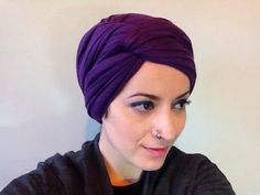Rachel's Turban Tutorial *UPDATE* - YouTube Head Scarf Tutorial, Turban Tutorial, Head Turban, Turban Hijab, Head Wrap Scarf, Muslim Dress, Diy Hairstyles, Head Wraps, Hijab Fashion