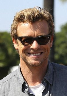 Simon Baker March/2014