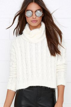Ivory Cable Knit Crop Sweater ==