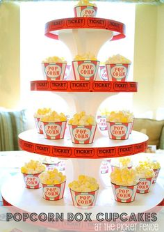 Cupcakes or actual popcorn for a movie party - this rocks! Movie Theatre Birthday Party, Movie Night Party, Carnival Birthday, Birthday Parties, Birthday Stuff, Birthday Ideas, 13th Birthday, Kid Parties, Themed Parties