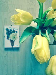 """Préselt virág falikép """"Isten szeretet"""" felirattal. Pressed flower picture. Tulips"""