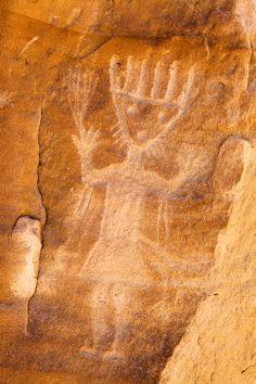Largo Canyon petroglyph, New Mexico - photo by Adam Schallau