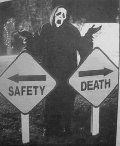 We all know the idiotic victims end up taking the route that leads to death This is actually from Scary Movie but its ghostface killer so im pinning it on my Scream board. Scream Movie, I Movie, Scream 3, Scream Parody, Scary Movies, Horror Movies, Scary Movie Quotes, Awesome Movies, Indie