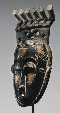 Baule Portrait Mask of Moya Yanso (ca. by Owie Kimou (d. Height: 14 in cm) African Masks, African Art, Africa Quiz, Masks Art, Ivory Coast, Tribal Art, Oeuvre D'art, Headdress, Modern Art