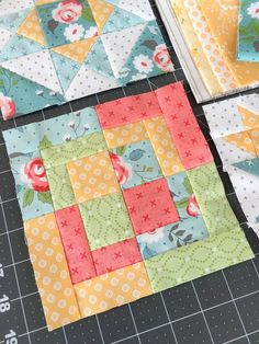 Carried Away Quilting: Summer Moon QAL: November Blocks Cute Quilts, Small Quilts, Mini Quilts, Quilt Square Patterns, Pattern Blocks, Square Quilt, Quilting For Beginners, Quilting Tutorials, Quilting Tips