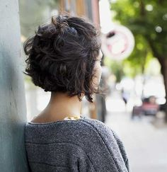25 Short Hairstyles Curly Hair | http://www.short-hairstyles.co/25-short-hairstyles-curly-hair.html