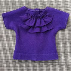 American Girl tshirt I JUST MADE!  Easy peasy!! Tshirt pattern courtesy of http://www.newgreenmama.com/2011/08/18-inch-doll-t-shirt-pattern-tutorial.html