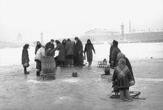 Leningrad. 1942.