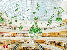"""Дизайн проект весеннего оформления ТРЦ """"AFIMALL City"""" - ANDERSEN HOUSE - украшение и оформление витрин магазинов, торговых центров в Москве"""