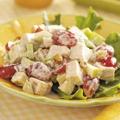 Chicken Avocado Salad Recipe from Taste of Home -- shared by Karlene Johnson of Mooresville, North Carolina (Use olive oil mayonnaise) Healthy Recipes, Great Recipes, Cooking Recipes, Favorite Recipes, Avocado Salad Recipes, Avocado Chicken Salad, Avocado Salat, Ripe Avocado, Mayonnaise