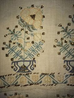 19th ANTIQUE OTTOMAN-TURKISH SILK & METALLIC HAND EMBROIDERY ON LINEN 'YAGLIK'