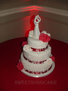 "White and Red wedding cake ""Always"""