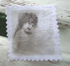 Engel angel Patch Aufnäher shabby vintage Stoffbild von Nostalgie Gretel häkelt und schenkt auf DaWanda.com