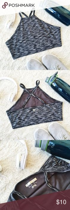 ✖️Heathered Grey and Black Fashion Sports Bra✖️ Heathered Grey and Black Fashion Sports Bra from Forever21✖️Size Large✖️Worn a couple times✖️Super cute on but I don't wear it enough✖️No trades, thank you!!! Forever 21 Intimates & Sleepwear Bras