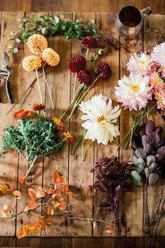A Nashville Thanksgiving Tablescape - Flower Recipe -Dahlias -Marigolds -Branches of autumn foliage -Smoke Bush -Wild vines Flowers Nature, Wild Flowers, Beautiful Flowers, Thanksgiving Tablescapes, Flower Farm, Flower Truck, Planting Flowers, Floral Arrangements, Wedding Flowers
