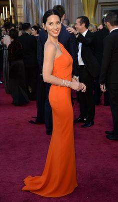 Fashion On The 2016 Oscars Red Carpet - Olivia Munn in Stella McCartney gown.