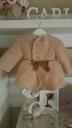 Abrigo niña crochet